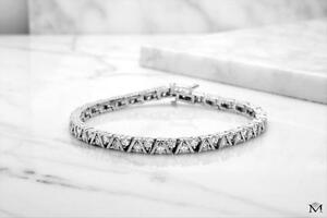 BRACELET AVEC DIAMANTS SUR OR 14K / 14K GOLD DIAMOND BRACELET