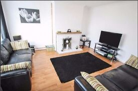 3 Bed house to rent in Aylesbury, near market & public transportation.