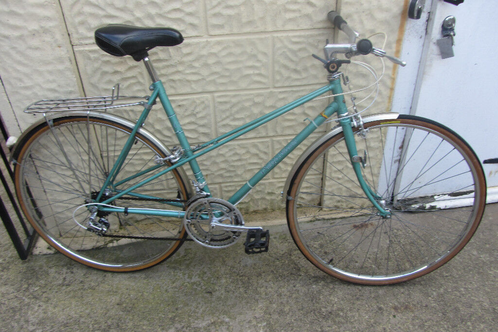 bikes Raleigh Silhouette Mixte bike (p.s if you can read this it's still for sale)