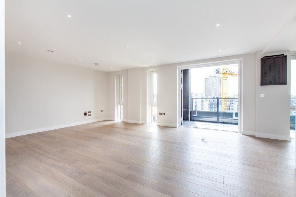 # Stunning brand new 2 bed 2 bath available now in City Wharf - Angle and Islington!!