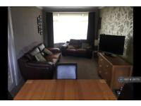 3 bedroom house in Loopland Drive, Belfast, BT6 (3 bed)