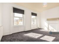 3 bedroom flat in Coldharbour Lane, London, SE5 (3 bed) (#1057019)