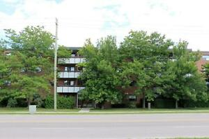 Friendly Collingwood Community: 1 Bedroom Apartment for Rent
