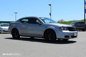 2014 Dodge Avenger Black Top Edition! New tires! $72 Bi-weekly!