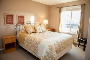 Lakeridge Fully furnished Condo- 1 Month free & 3 months reduced