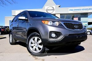 2011 Kia Sorento LX *Bluetooth|Heated seats*