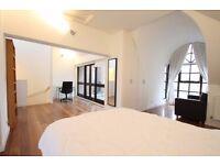Stunning Studio in luxury house £1350/cm all bills inclusive