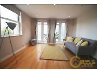 2 bedroom flat in High Road, Kilburn NW6