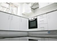 2 bedroom flat in John Pritchard House, London, E1 (2 bed) (#34502)