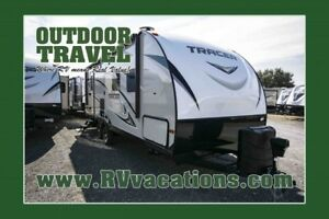2018 FOREST RIVER Tracer 255RB Travel Trailer Rear Bathroom