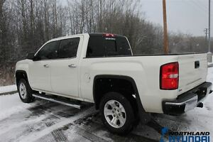 2015 GMC Sierra 1500 SLT/LOADED/HTD AC Seats/Nav/Bose Sound/4X4 Prince George British Columbia image 11