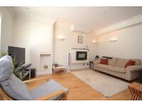 2 bedroom house in Rosebery Mews, Rosebery Road, Muswell Hill, N10