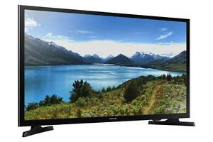 "Samsung 32"" 720p Smart LED TV - UN32J4500 Mobile Depot Macleod TR.  T.V BlowOut Sale! Our Most Aggressive Sale Ever!"