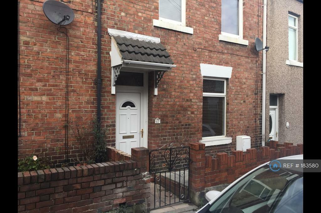 3 bedroom house in Co Operative Street, County Durham, DH3 (3 bed)