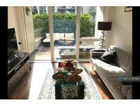 1 bedroom flat in Golden Mile House, London, TW8 (1 bed)
