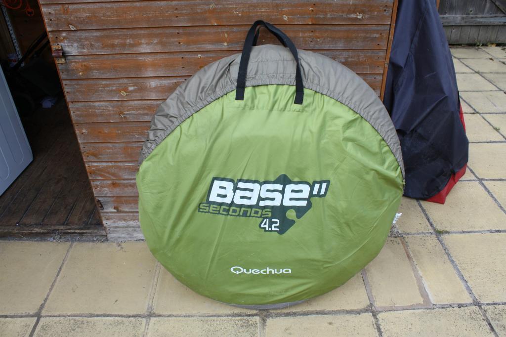 Decathlon Quecha Base 4.2 Seconds 4 Person Pop-Up Tent & Decathlon Quecha Base 4.2 Seconds 4 Person Pop-Up Tent   in ...