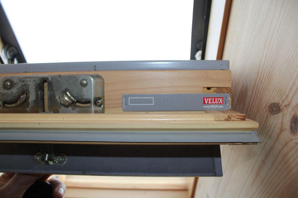 velux ggl 1 prix velux data stamps with velux ggl 1 prix simple velux ggu mk white pu. Black Bedroom Furniture Sets. Home Design Ideas