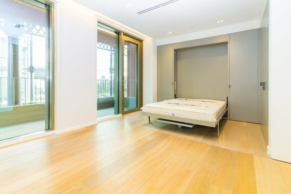 BRAND NEW VACANT SPACIOUS STUDIO SUITE APARTMENT IN KINGS CROSS TAPESTRY  APARTMENTS 24 HR CONCIERGE