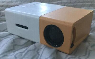EEEKit 1080p Portable LED Mini Projector - White/Yellow
