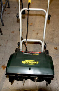 Snowthrower - Yardworks- 10A Electric- 16-in.