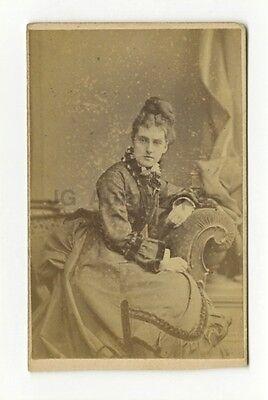 19th Century Fashion - 1800s Carte-de-visite Photo - A.L. Henderson of London