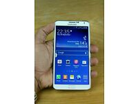 Samsung Galaxy Note 3 unlocked white color excellent condition like brand new