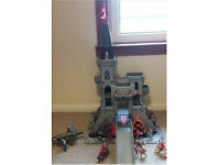 Early Learning Centre (ELC)1 Wooden Castle Tower of Doom toy