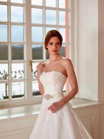 Wedding Dress - Diana Legrand - Size 12