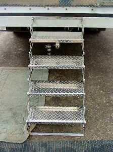 Aluminum Camper Scissor Steps