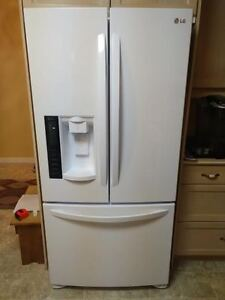 LG 2-Door Fridge with Bottom Freezer