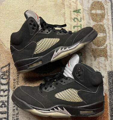 (2016) Nike Air Jordan 5 OG Black/Metallic Silver Sneakers #845035-003 Size 8.5