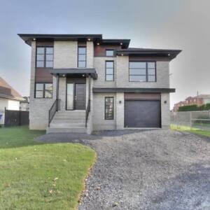 Maison à vendre à Chambly *Habitations Atlas*