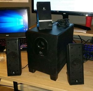 Logitech X-240 Speakers
