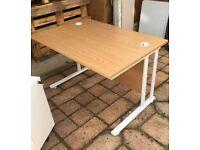 Desk/workstation 1200x800