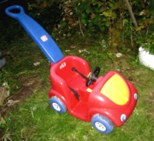 Step2 Push Around Buggy Red Car with seat belt and horn