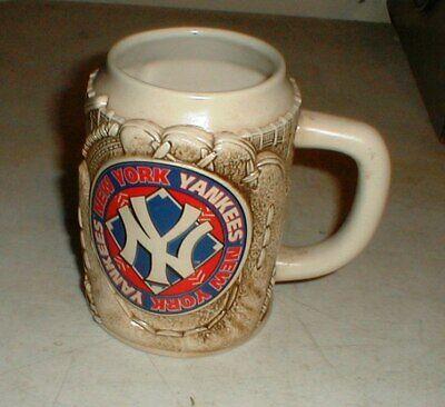 Vintage New York Yankees Commemorative 3-D Raised Glove Beer Stein Tankard Mug