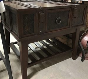 Coffee table rectangle with belt leather decoration and one draw