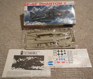 Jet Aircraft Model Kits For Sale London Ontario image 1