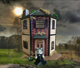 Sylvanian Families Gothic Manor House