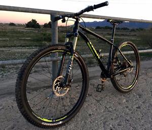2015 Trek Stache 8 Vélo de Montagne MTB Hardtail 29