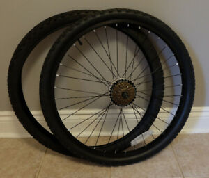 "26"" mtn bike rear wheel"