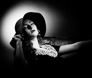Retro Hollywood Glamour style photo shoots! St. John's Newfoundland image 6