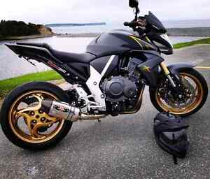 2012 HONDA CB1000R EXTREME MODEL. RARE BIKE