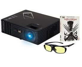 Viewsonic PJD7820HD Full-HD Beamer Wolverine-Bundle + 3D-Brille + 3D-Blu-Ray