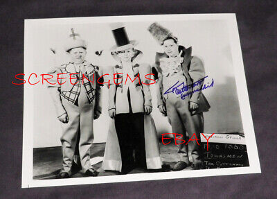 Munchkin Wizard Of Oz Costume (The Wizard of Oz RARE signed costume test photo Tommy Cottonaro Munchkin mint)