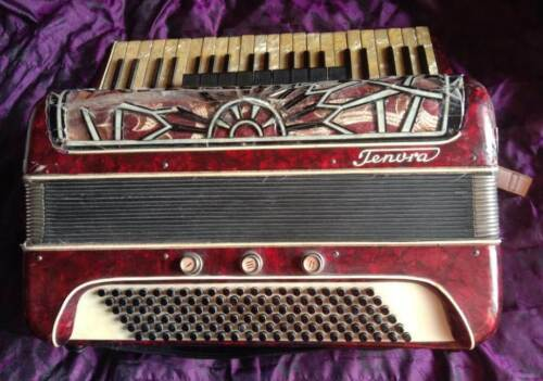 "Accordion ""Tenora"" 4/4 120 basses, 9/3 registers, Germany (Klingenthal), 1952"