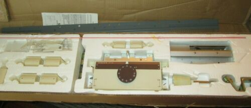 Singer Knitting Machine KNITTER  MODEL SR 150 Chunky Ribber IN BOX