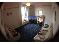 Modern spacious 1 Bedroom Flat, On Leith Walk.