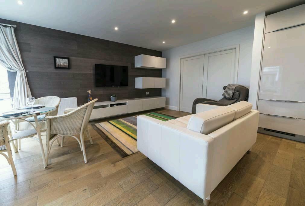 1 Bedroom Furnished Apartment Bristol Bridge Temple Meads