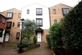 4 bedroom house in The Farthings, Kingston Upon Thames, KT2